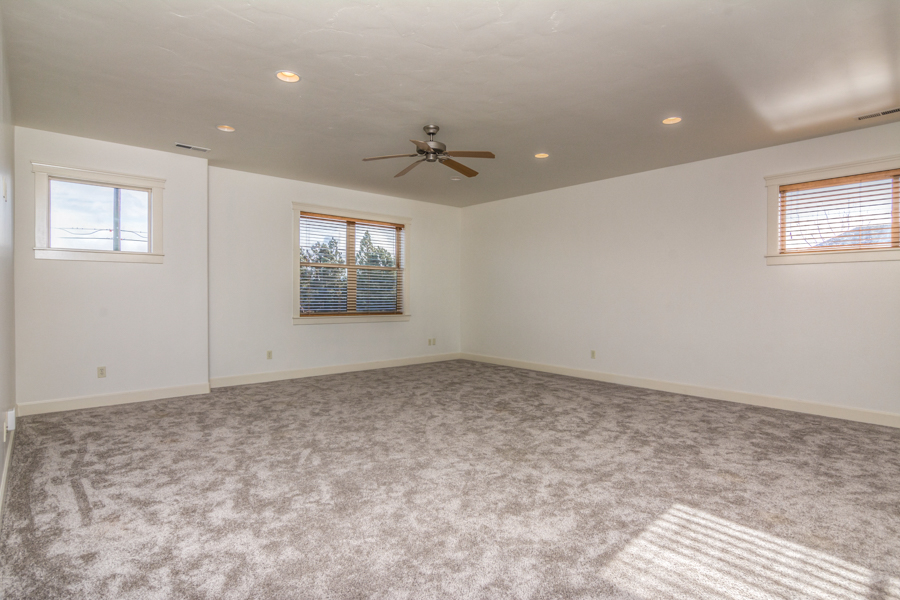 Huge bonus room upstairs
